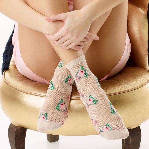 модные носки для девушек